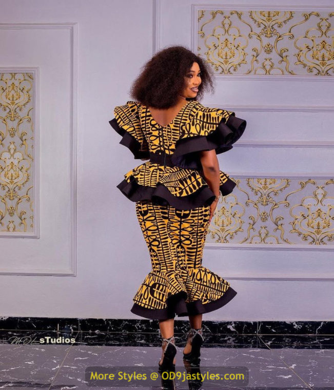 African Prints Styles - Latest Ankara Gown Styles 2020 latest ankara gown styles - African Prints Styles Latest Ankara Gown Styles 2020 3 651x760 - 40 Pictures – New and Stylish African Prints Styles: Latest Ankara Gown Styles 2020