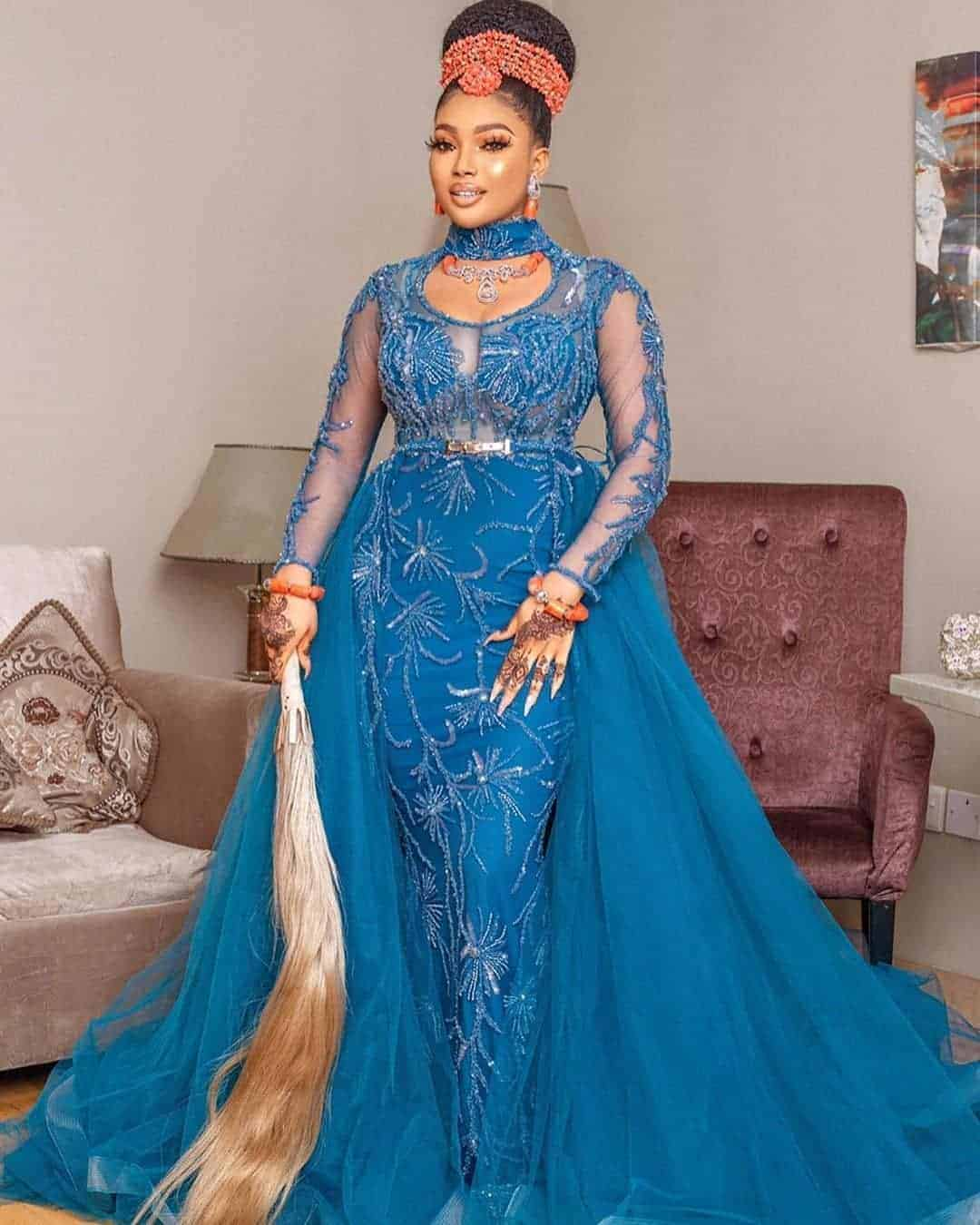 67 Latest Aso Ebi Styles For 2021 (Updated Weekly)